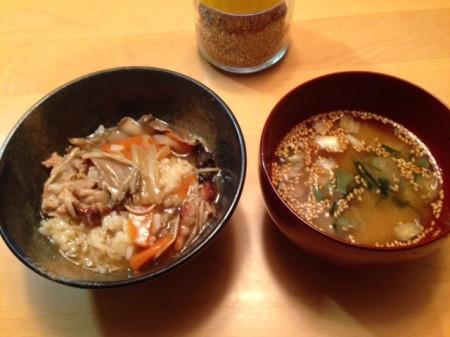 八宝菜と味噌汁