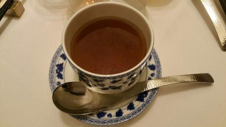 干しダコとレンコンの蒸しスープ